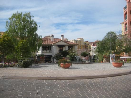 Aston MonteLago Village Resort: Main Entrance - Montelago Village Resort