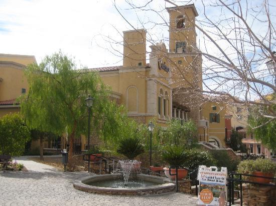 Aston MonteLago Village Resort: To lower level from resort