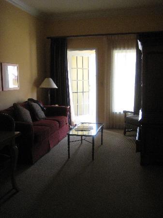 Aston MonteLago Village Resort: Living room