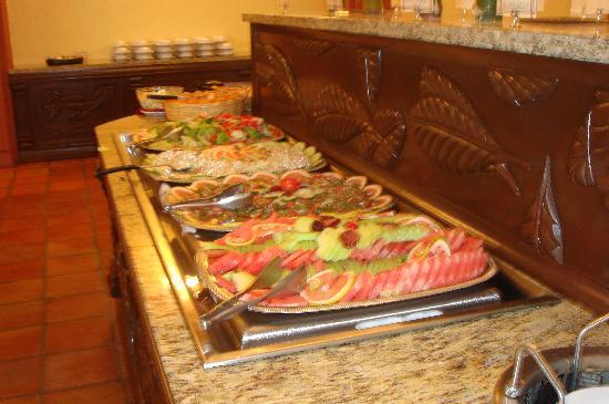 buffet picture of samba vallarta all inclusive
