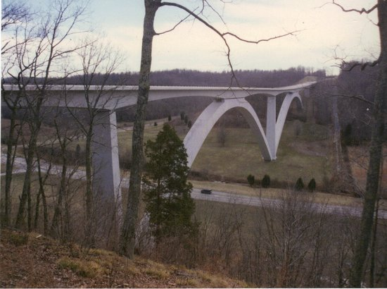 Tupelo, MS: Parkway bridge (1,500 feet long) over Tenn 96, near Franklin, Tennessee.