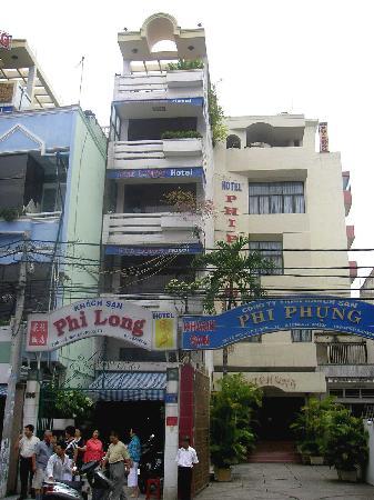 Phi Long 2 Hotel Outside