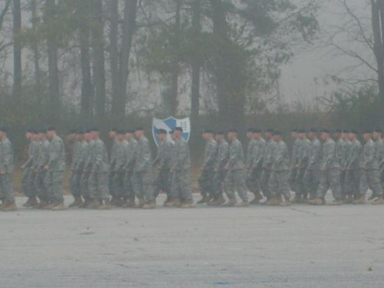 Uchee Creek Army Campground and Marina: Graduates marching in (foggy mornin)