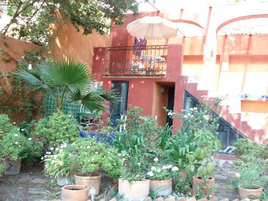 Arcos Del Atascadero: Peaceful outdoor settings