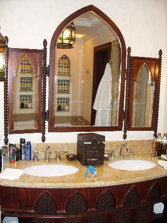 Jumeirah Mina A'Salam : Ocean Deluxe bathroom