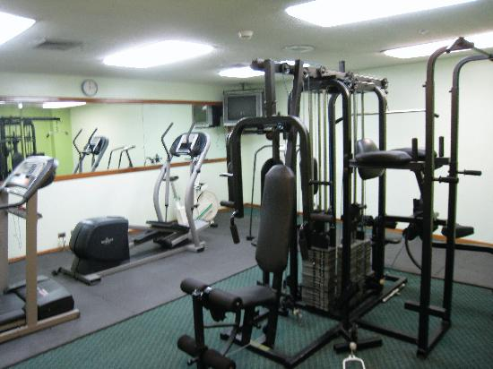 Fitness room at Aurola Hotel Holiday Inn