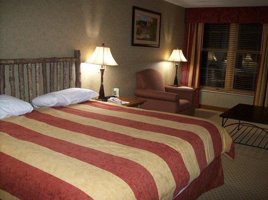 The Lodge Casino: Bed