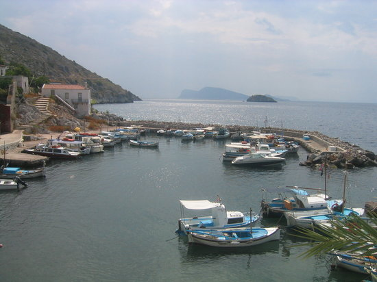 Hydra stad, Grekland: Small port on South West side of Hydra