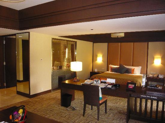 Shangri-La's Rasa Sayang Resort & Spa: Rasa Premier Room (2238)