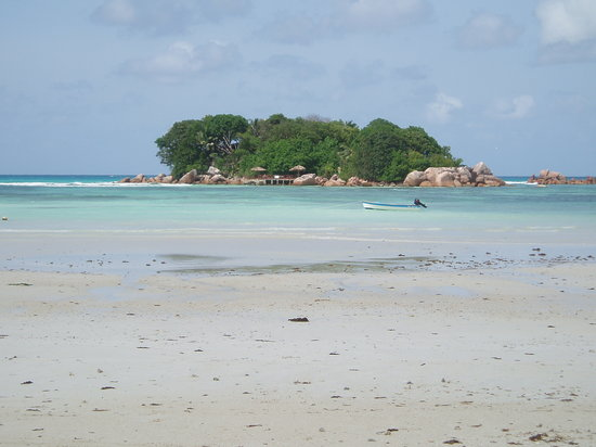 Pulau Praslin, Seychelles: A little calmer on this picture
