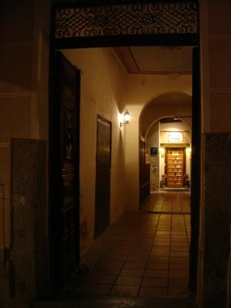 Pension Ferri: It is hidden down the hall, no sign on the street!