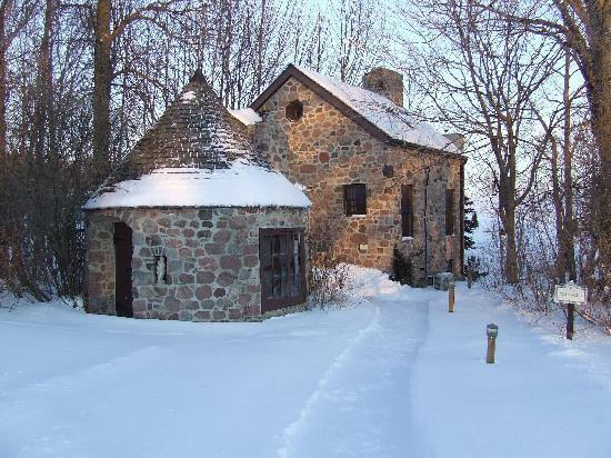 Ste. Anne's Spa: The Dollhouse