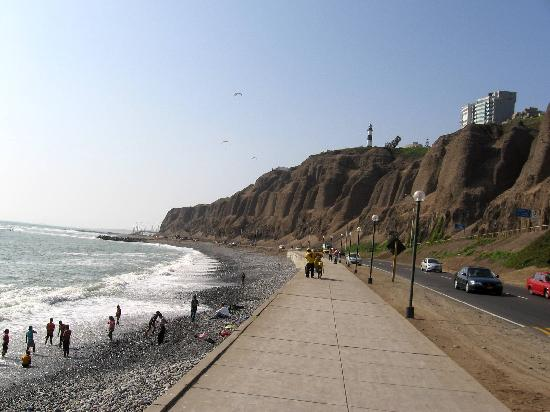 Extreme Sports Cafe's Paragliding School: Paragliding over the Pacific in Lima