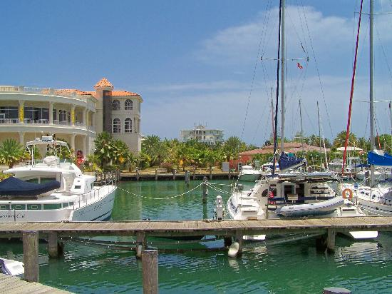 Antigua et Barbuda : Jolly Harbour