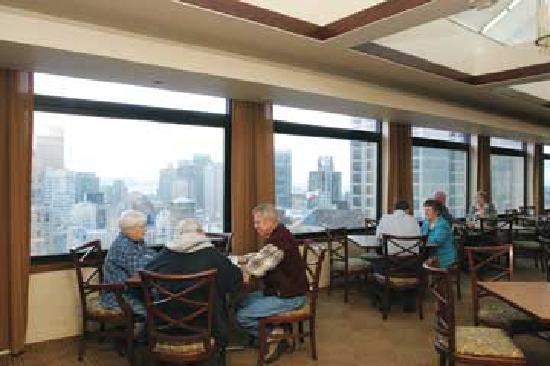 Marines Memorial Club Hotel: Breakfast