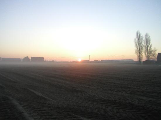 Sunrise, Varlet Farm