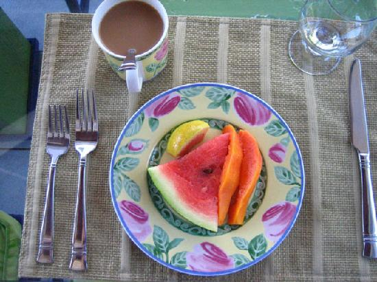 The Blue House Boutique Bed & Breakfast: Fresh Fruit at Blue House (1st Course)
