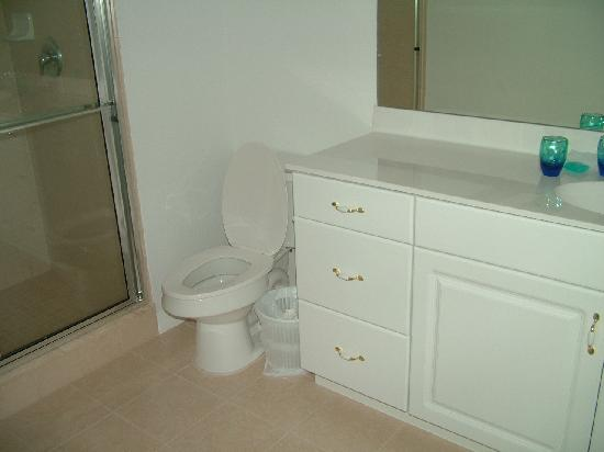 SunLake Condominiums Resort : bathroom off master bedroom
