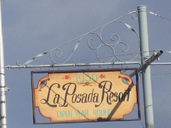 La Posada Hotel: sign