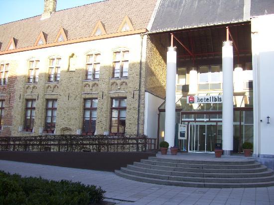 Ibis Brugge Centrum: Outside