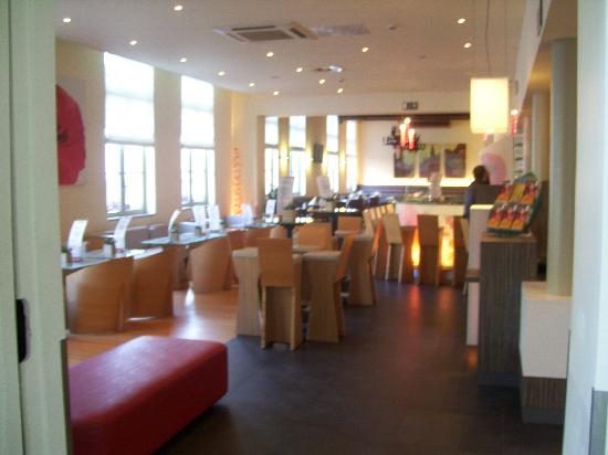 Ibis Brugge Centrum: bar