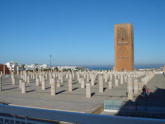 Hotel Balima: Torre di Hassan II