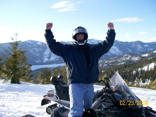 Suncadia Resort: Snowmobiling on a glorious day