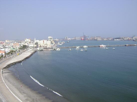 DoubleTree by Hilton Veracruz: View from Balcony 1