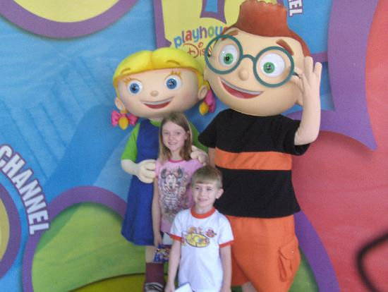 Playhouse disney meet and greet at hs picture of walt disney world walt disney world resort playhouse disney meet and greet at hs m4hsunfo