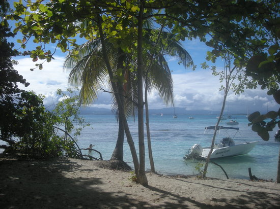Gosier, Guadeloupe: Depuis l'îlet avec Basse-Terre en arrière plan
