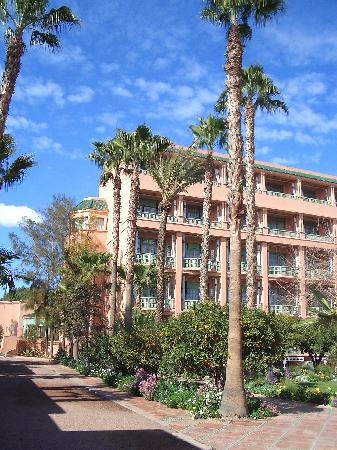 La Mamounia Marrakech: view of hotel wing from gardens