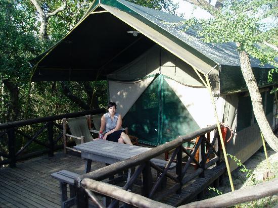 Mpila Camp: safari tent