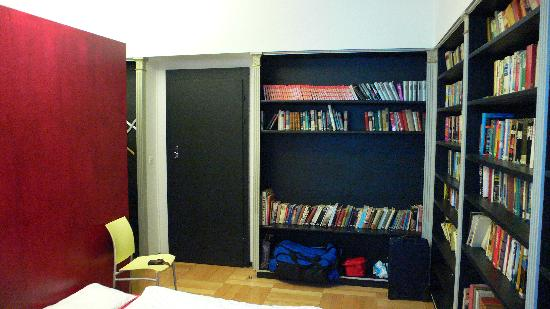 Jailhotel Loewengraben: Suite biblioteca