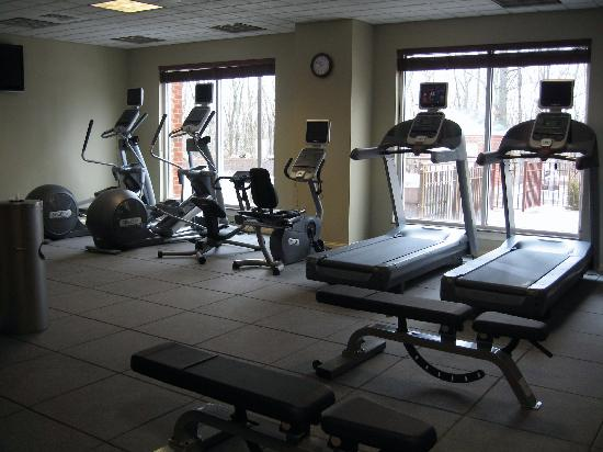 Exercise room gym picture of hilton garden inn mystic