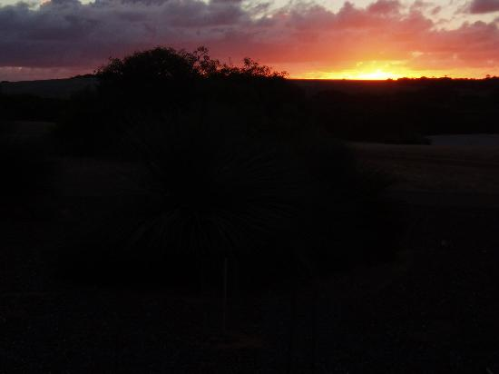 Eleanor River Homestead - Kangaroo Island: Sunset from the deck