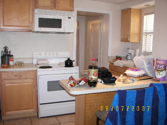 Island's End Resort: The kitchen in Cabin F