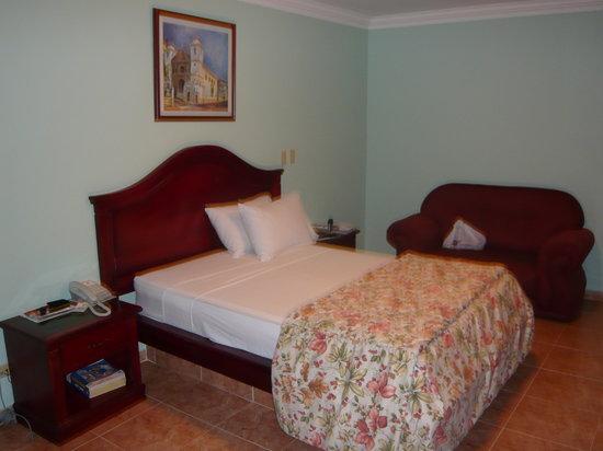 Hotel Milan: habitacion