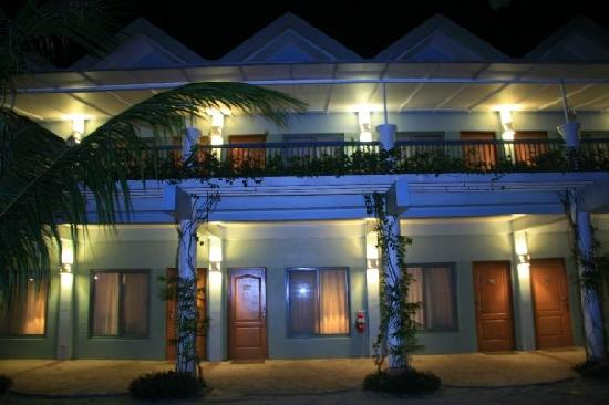 Camayan Beach Resort and Hotel: The hotel-part of the resort