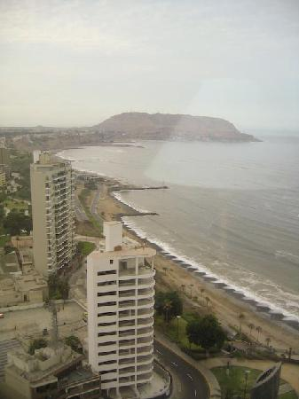 JW Marriott Hotel Lima: View from room on 22nd floor (1 of 3)