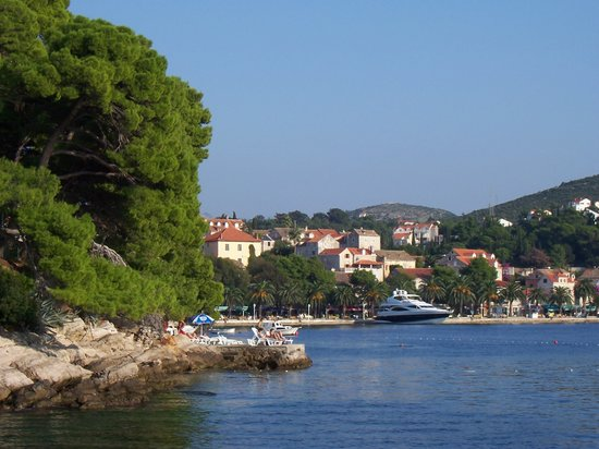 Remisens Hotel Albatros: Cavtat seen from boat
