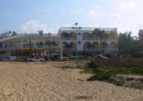 Bungalows Zicatela: Hotel Bungalows visto dalla spiaggia