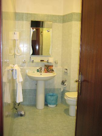 Delia Accomodation B&B: Bathroom at the Delia