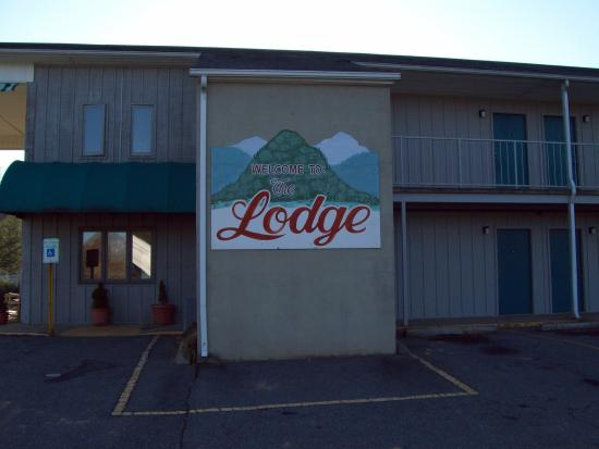 The Lodge: Welcome Sign