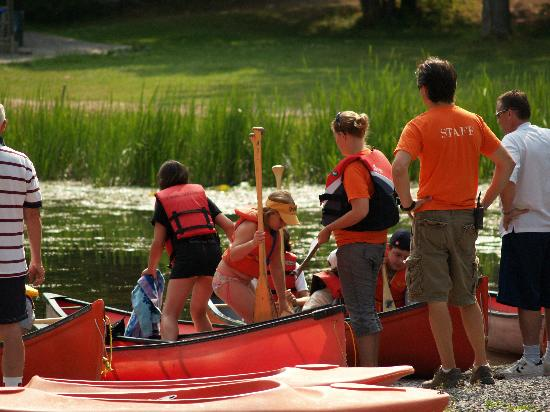Pine Vista Resort: canoe trip to turtle island----kid's club