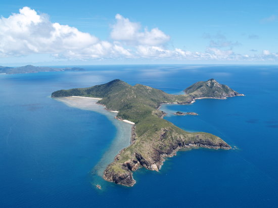 Isola di Hamilton, Australia: Esk Island on the Helicoptor tour to the  Reef