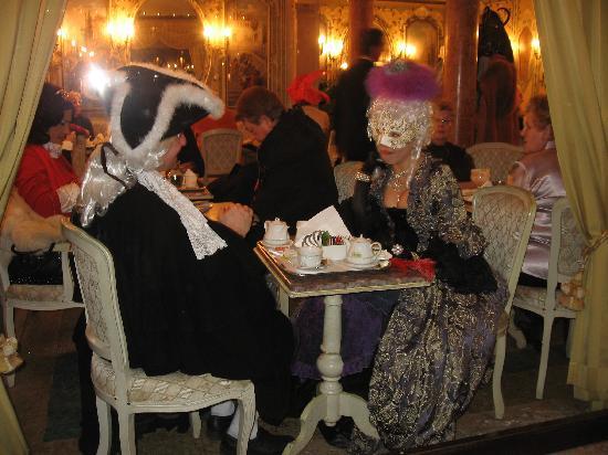 Pensione La Calcina: Cafe Florian. Plaza San Marcos.Un capuchino 13€ jeje