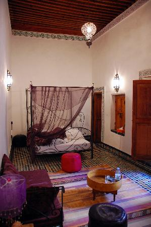 Dar Attajalli: The Violet Room