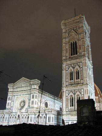 Residenza Giotto: Vista nocturna desde la terraza comun