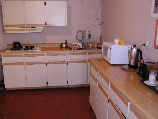 El Patio Guest House: kitchen for guests to use