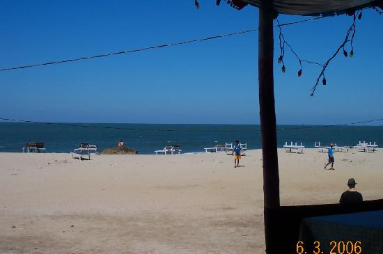 Arambol Beach: view from bar arambol